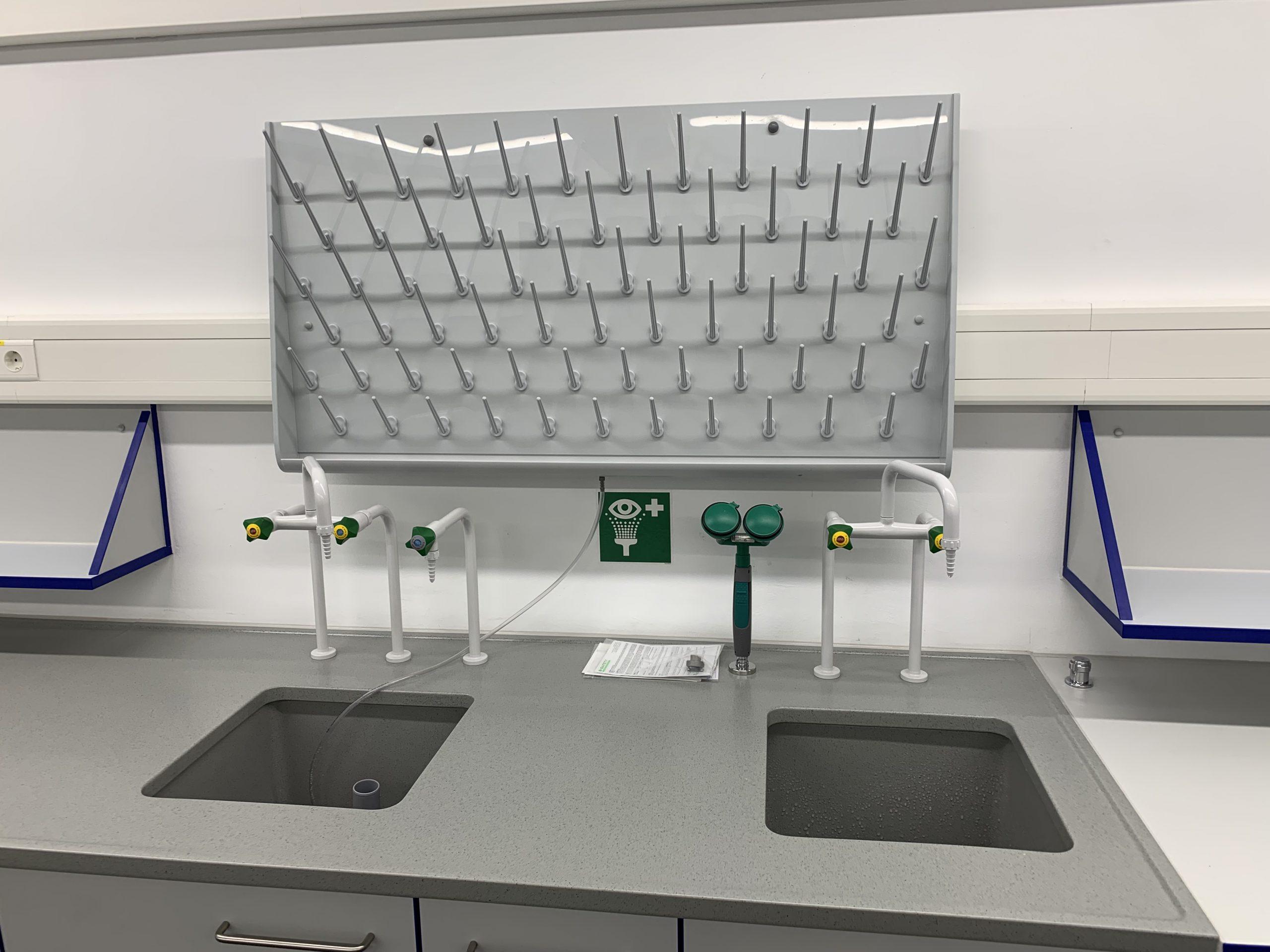 Laborspüle-einbau